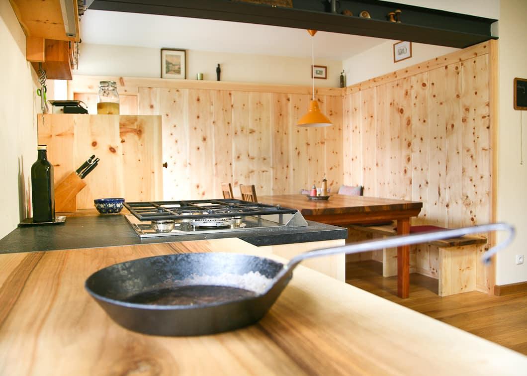 Turbo Eine handwerklich außergewöhnliche Küche, aus Massivholz und IU79