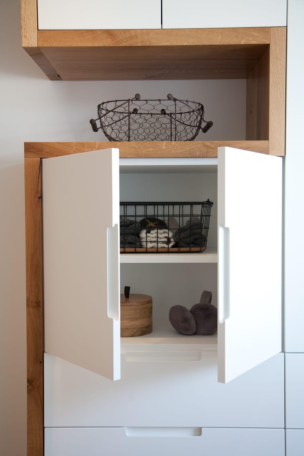 Einbauschrank, Holzmoebel von einem Schreiner und Raumausstattung aus Raisting am Ammersee